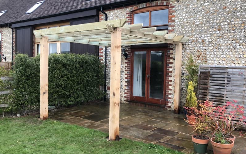 Fencing Specialists in Chichester by HL Fencing
